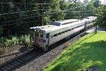SPAX 419 leads a train towards Doylestown