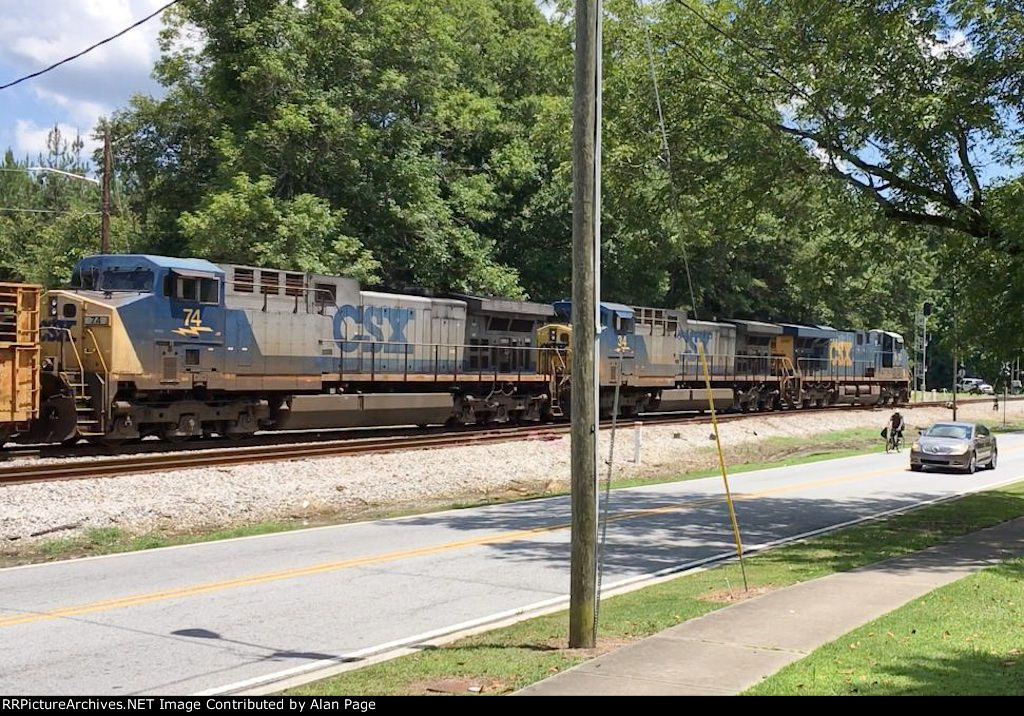 CSX 5420 leads 34 and 74 SB