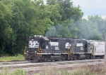 NS 1358 is burning oil while switching in yard