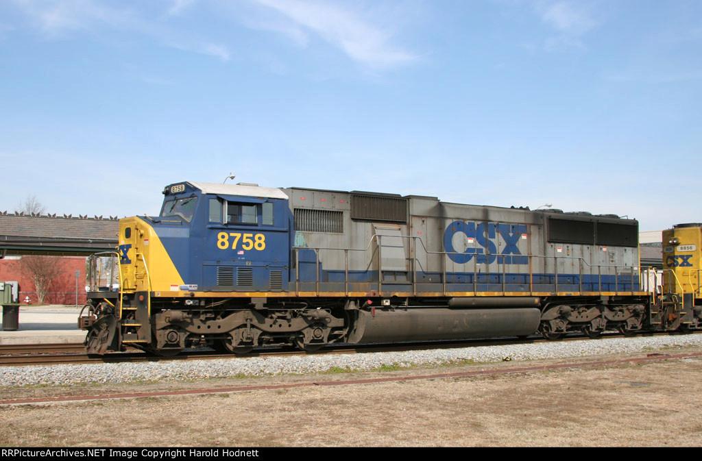 CSX 8758