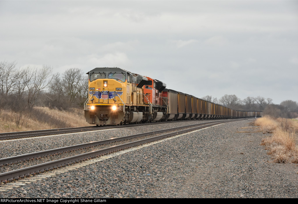 UP 3728 Leads a loaded coal drag on the Maryville Sub.