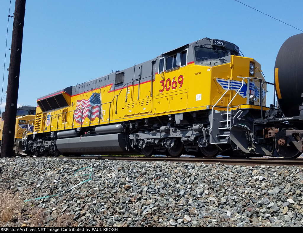 Up Close Shot of UP 3069 T4-SD70ACe According to the EMD Data Plate below the Engineers Side Window.