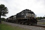 NS 9046 leads EB hoppers