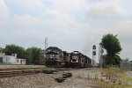 NS 3516 leads EB local