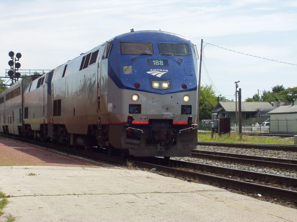 Amtrak 188 in need of a bath