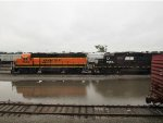 BNSF 2573 and NS 5562
