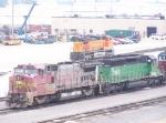 BNSF 563, BNSF 7048, BNSF 5110, HLCX 6225