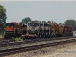 Stored BNSF engines
