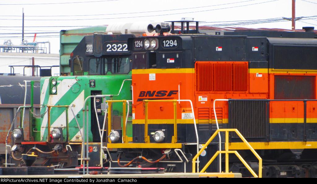 BNSF 2322 hides behind BNSF 1294