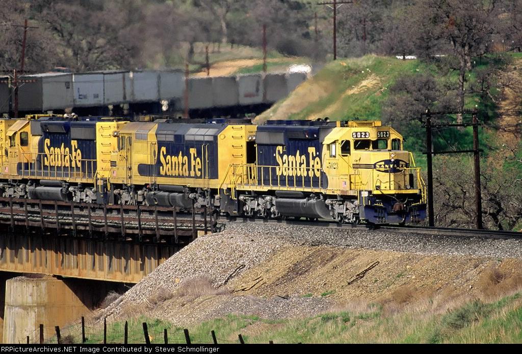 Santa Fe 5023 East