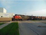 CN 2556 and BNSF 1045