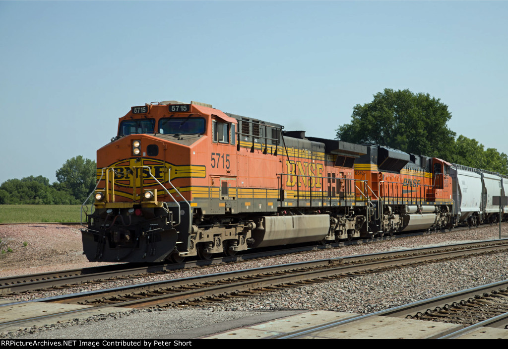 BNSF5715 and BNSF8513
