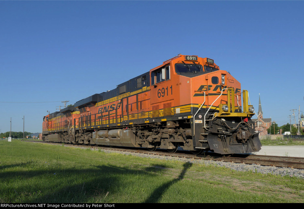 BNSF6911 and BNSF4134
