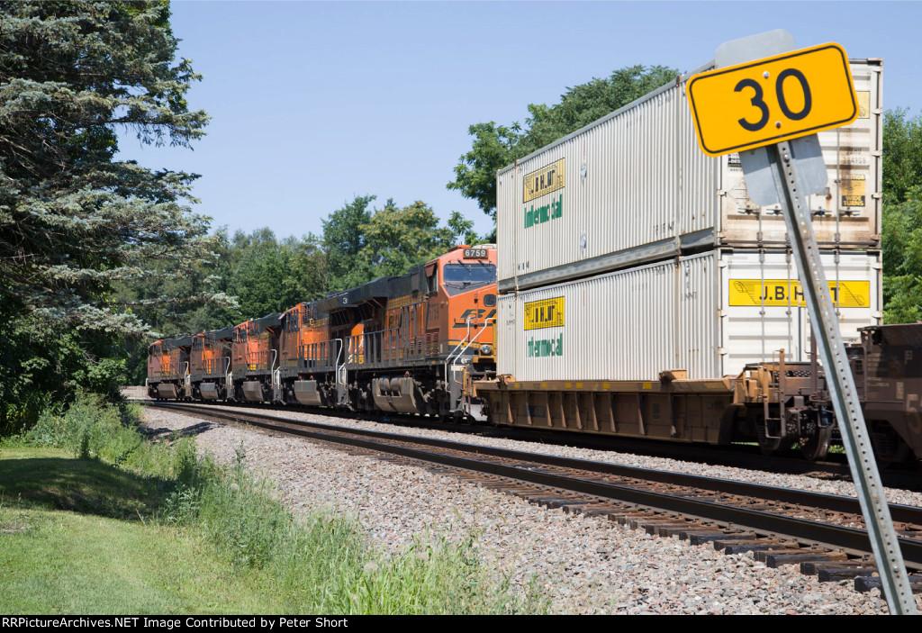 BNSF6759, BNSF3926, BNSF7687, BNSF6555 and BNSF7939