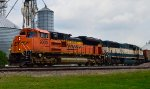 BNSF 9000 and 9643