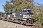 NS 9474 On NS 177 Eastbound