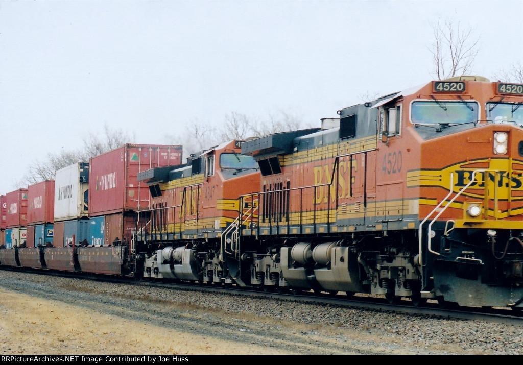 BNSF 4520 West