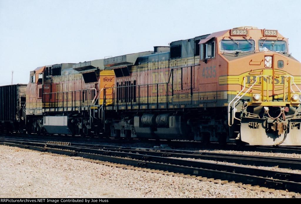 BNSF 4335 East