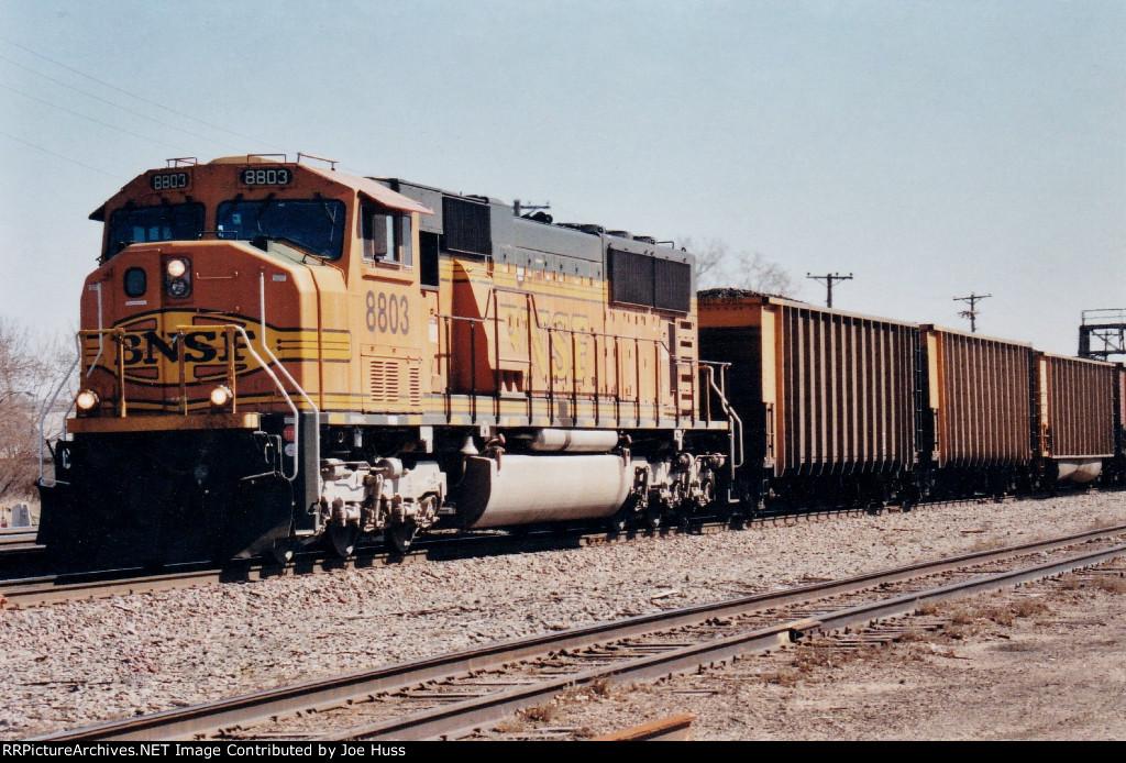 BNSF 8803 Nort