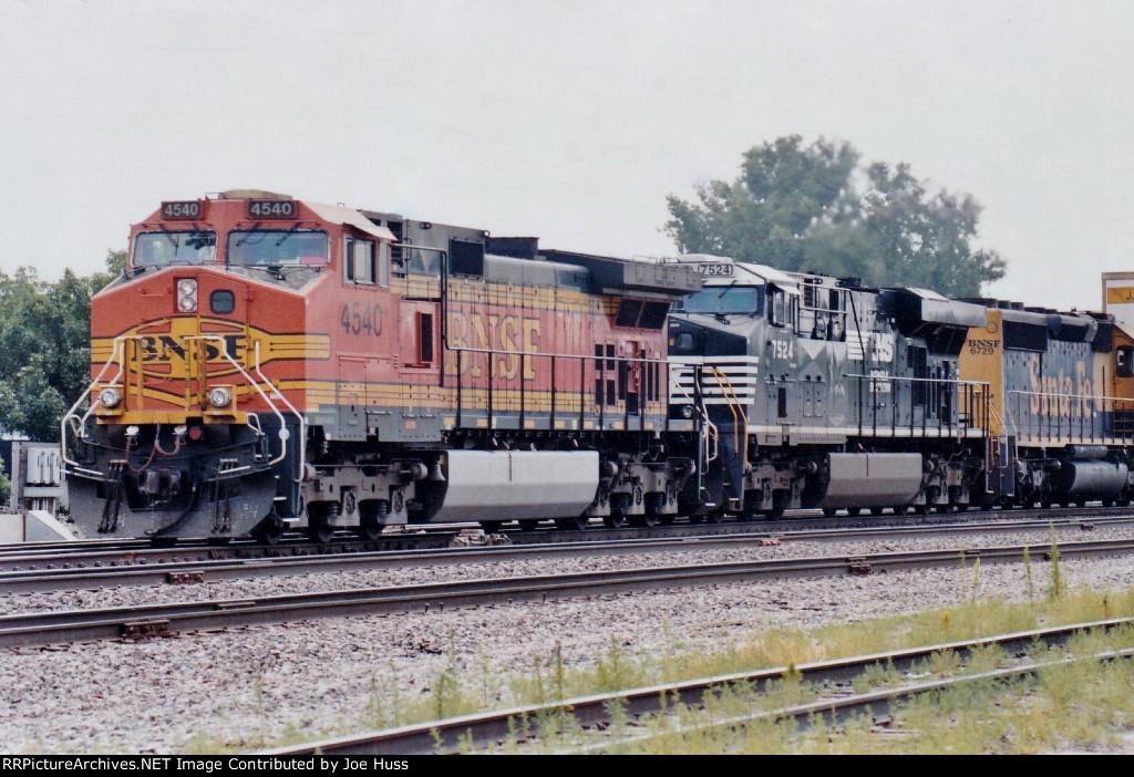 BNSF 4540 West