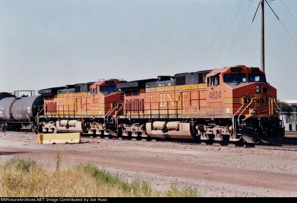 BNSF 4624 West
