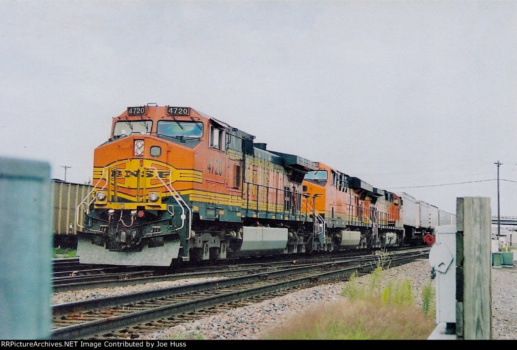 BNSF 4720 East
