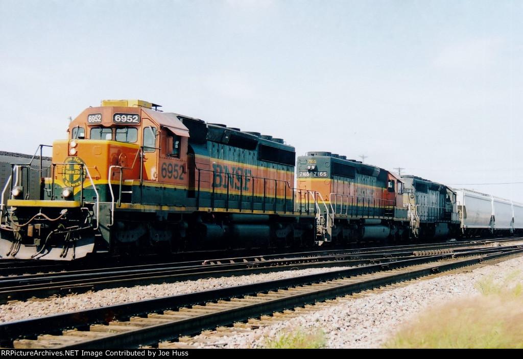 BNSF 6952 East