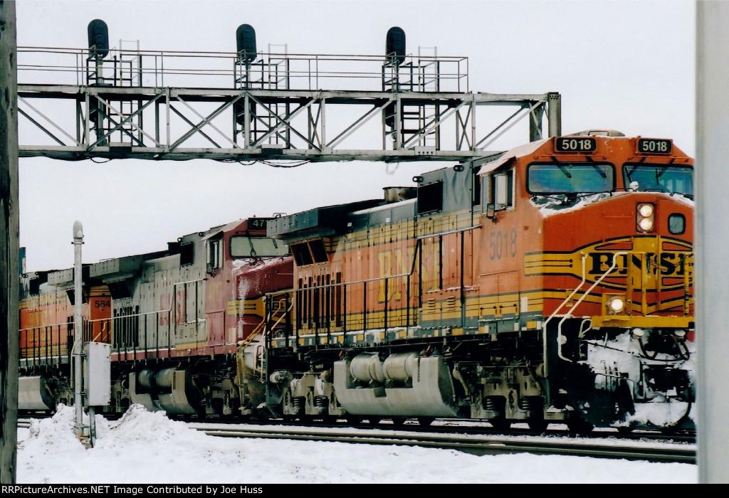BNSF 5018 West