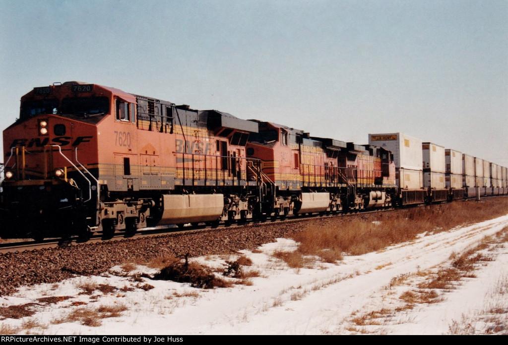 BNSF 7620 West
