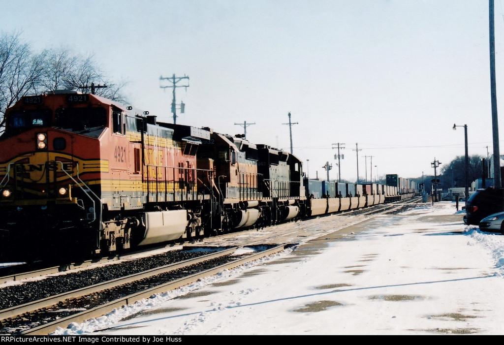 BNSF 4921 West