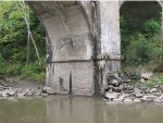 CSX Railroad Bridge over Salt Fork River abutment