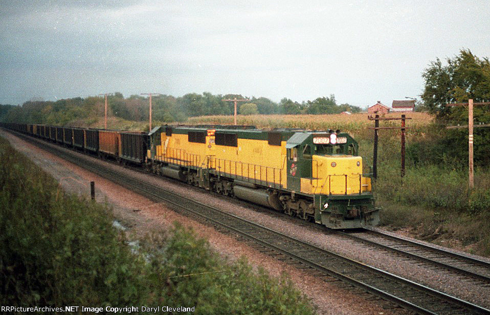 CNW 7007 Coming out of the valley