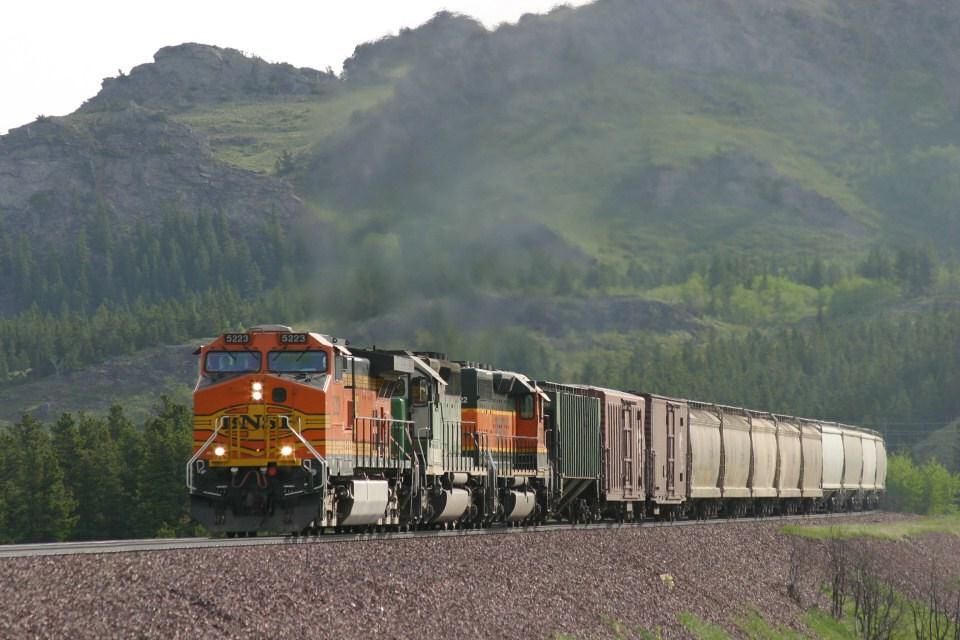 BNSF 5223
