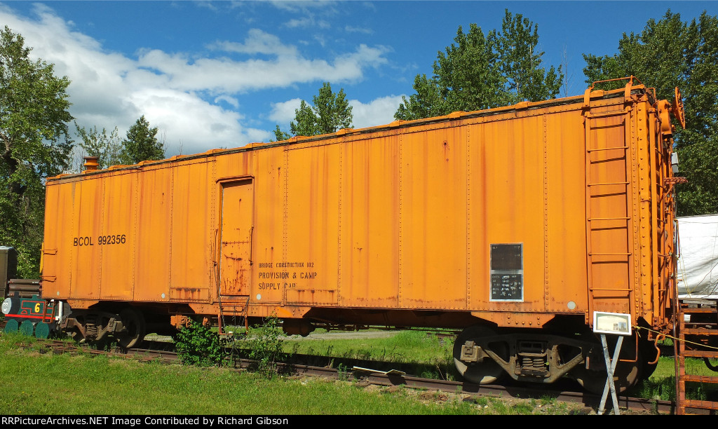 BCOL 992356 MOW Boxcar