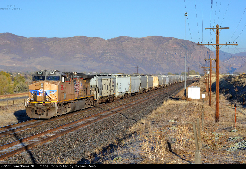 UP #5643 (AC-4400CW) is the DPU on a westbound hopper train just west of Echo, UT. October 13, 2018 {Echtoberfest}