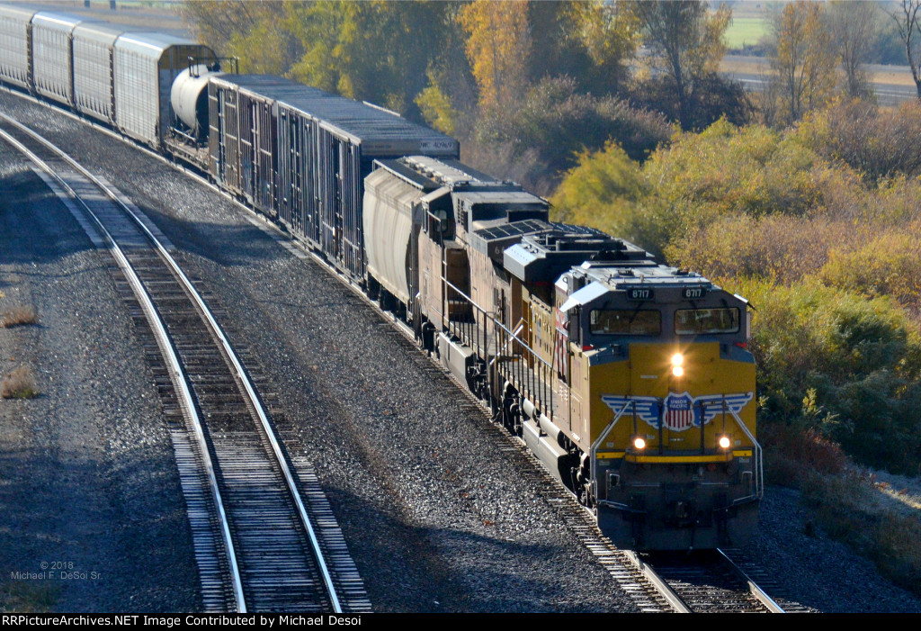 UP #8717 & #6636 (SD-70ACE, AC-4400CW) lead a westbound approaching the Main St. OHB in Henefer, UT. October 13, 2018 {Echtoberfest 2018}