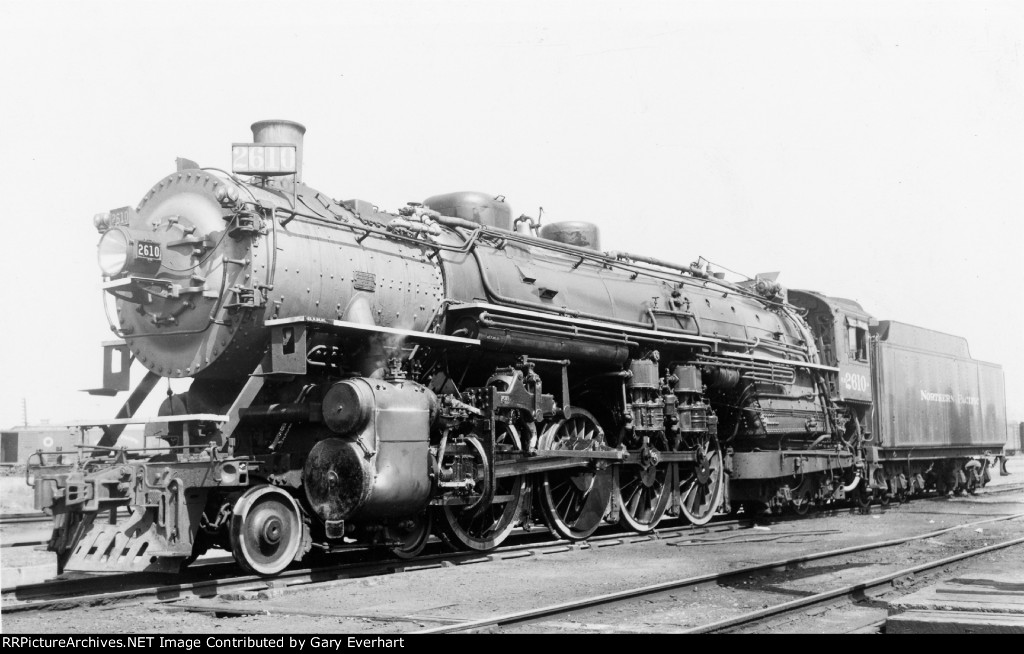 NP 4-8-4 #2610 - Northern Pacific