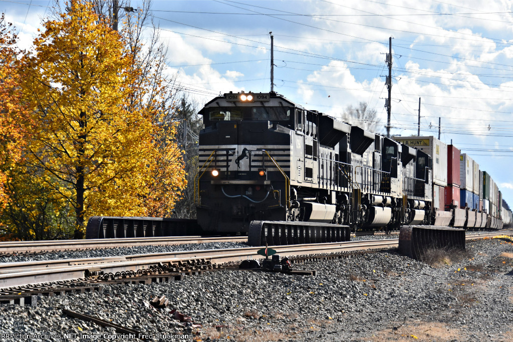 NS 1094 leads west.
