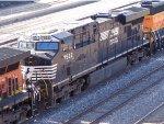NS 7522 ES40DC/ES44DC & BNSF 2684 GP39-3