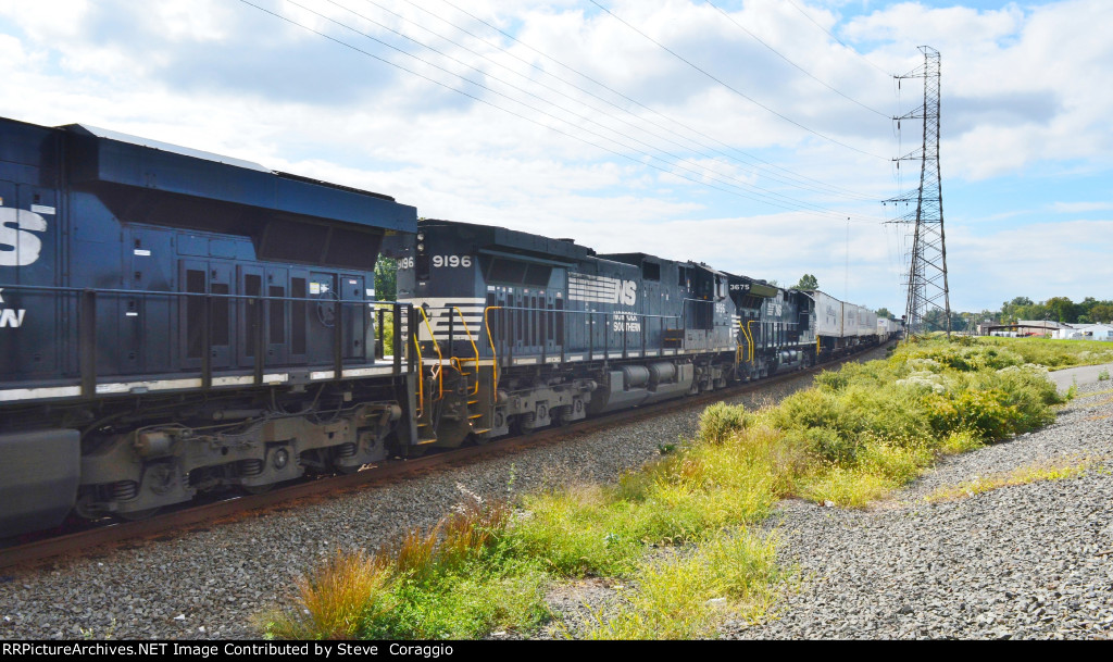NS 9196/ NS 3675