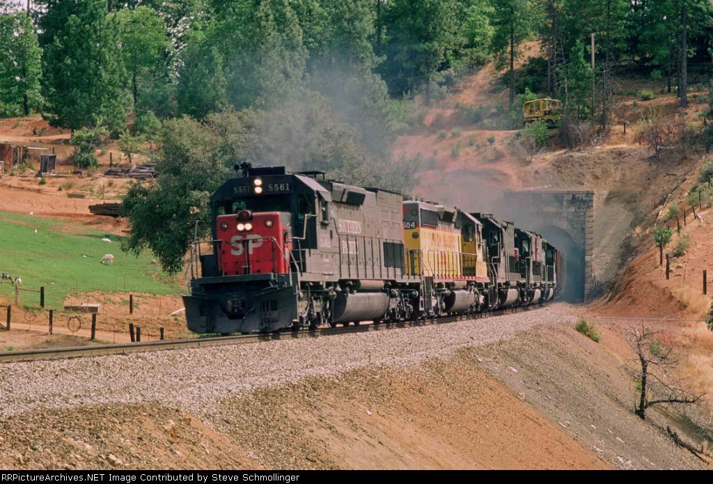 SP 8561 East exits tunnel 32
