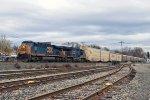 CSX 889 on Q-253
