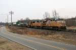UP SB intermodal going by the yard