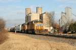 UP SB freight from Memphis