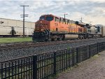 BNSF 7836 leading at LSRM