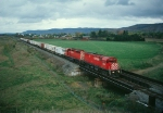 CP 4233 leads an SD40 on Train 557