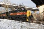 CVSR 1822 pulls into Northside Station.
