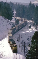 Eastbound APL stack train