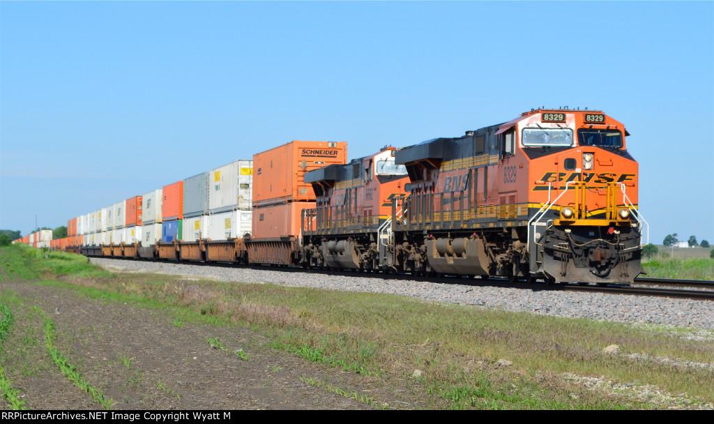 BNSF 8329