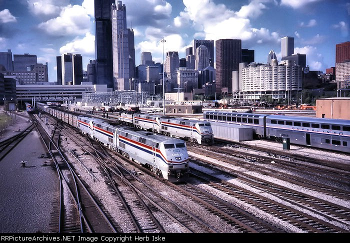 Amtrak Action in the Windy City